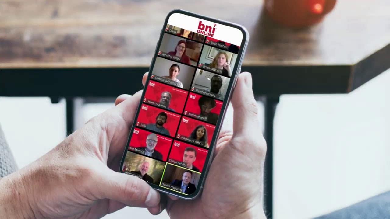 מציגים את bni online™
